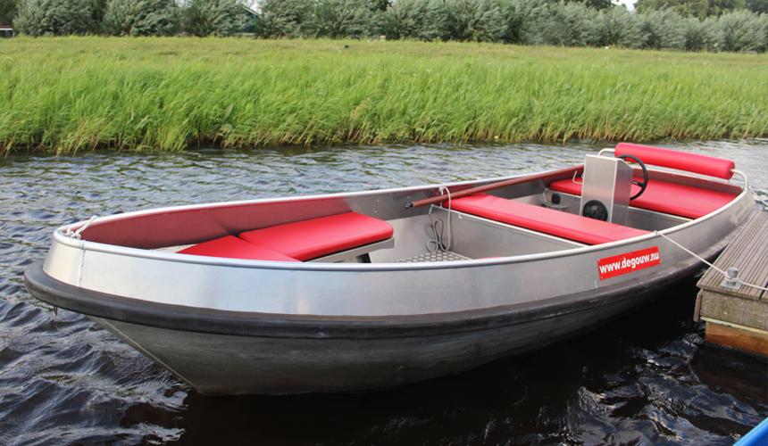 Een luxe fluisterboot